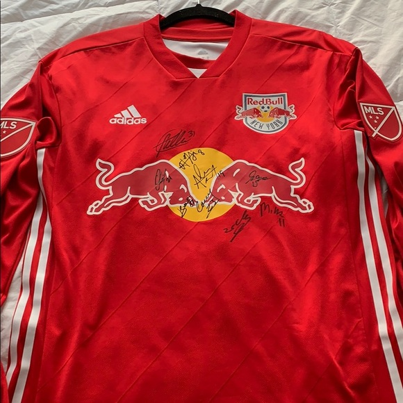 new products 432e9 9d771 NY Red Bulls Authentic Jersey Signed
